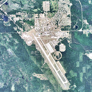 Chippewa County International Airport-2006-USGS.jpg
