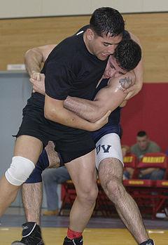 Deux lutteurs lors du clinch
