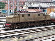Locomotive E.626 045 en gare de Lecco janvier 2005