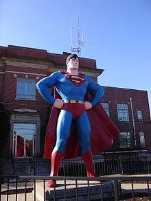 Estatua de Superman.jpg