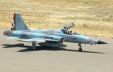 F-5N from VFC-111 Sundowners taxiing.jpg