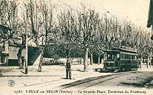 Photographie ancienne montrant le terminus du tramway à la Grande Place