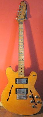 Fender Starcaster.jpg