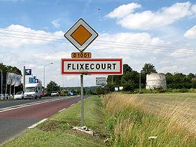 Entrée dans Flixecourt en venant d'Amiens.