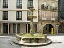 Fuente en la Plaza del Hierro.