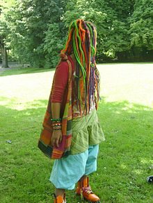Jeune hippie d'aujourd'hui