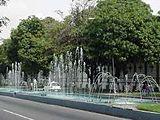 Frente a la Plaza Bolivar, Maracay.jpg