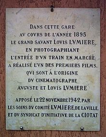 Plaque commémorant le tournage du film, apposée en 1942 dans la gare de La Ciotat.