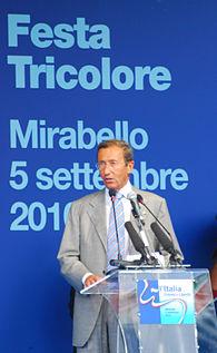 Gianfranco Fini a Mirabello.JPG