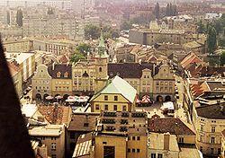 Gleiwitz-Ring mit Rathaus.JPG