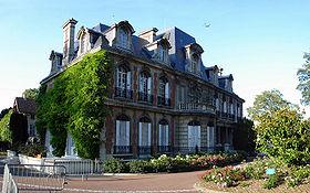 Gonesse - Hotel de ville 01.jpg