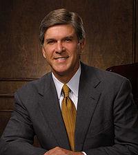 Gordon Smith official portrait.jpg