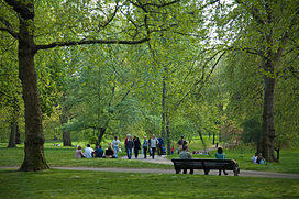 Green Park, London - April 2007.jpg