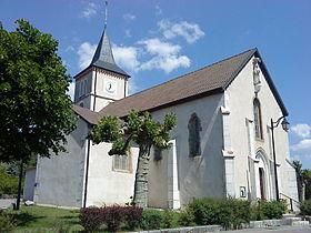 L'église Saint-Benoît de Grilly.