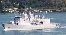 HMNZS Te Mana F111 Sep 2007.jpg