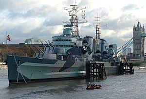HMS Belfast (C35), London, England-16Dec2005 cropped.jpg