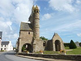 La vieille église d'Henvic