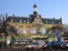 Hotel de ville de saint ouen.JPG