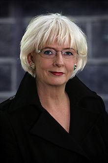 Johanna sigurdardottir official portrait.jpg