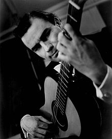 Julian Bream 1964.JPG