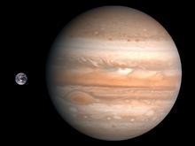 Jupiter Earth Comparison.png