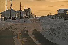 Photo d'une rue fermée à cause des dégâts de l'ouragan Katrina.