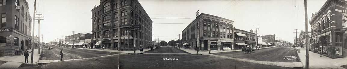 Three streets stretch off into the distance, with old style buildings, in 1907.