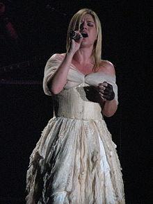 Kelly Clarkson en novembre 2005