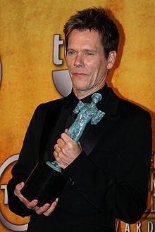 Kevin Bacon reçoit le SAG du meilleur acteur en 2010