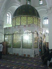 Khaled-binwalid-tomb2.jpg