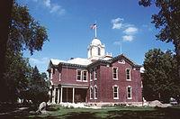 Kingsbury County Courthouse.jpg