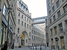 LSE main entrance.jpg