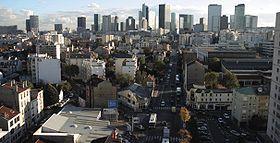 Quart sud-ouest de La Garenne, boulevard National, très proche de La Défense, le quartier d'affaires de Paris