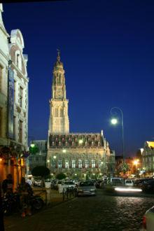 Le beffoi d'Arras la nuit.jpg