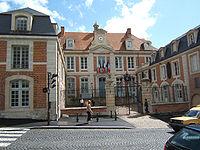 Lisieux-mairie.jpg