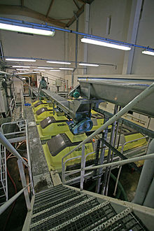 Machinerie 3 - Beaumes de Venise - par JM Rosier.JPG