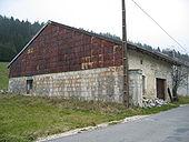 Maison typique du Jura 6.jpg