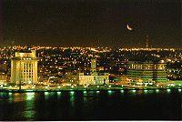 Malecon de veracruz de noche.jpg