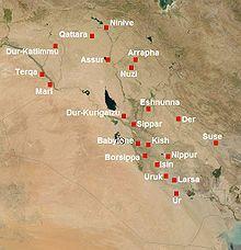 Les principaux sites de la Mésopotamie du IIe millénaire av. J.-C., avec Larsa qui est la deuxième ville la plus au sud après Ur