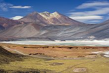 Miscanti Lagoon near San Pedro de Atacama Chile Luca Galuzzi 2006.jpg
