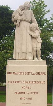 Monument aux morts d'Equeurdreville.jpeg
