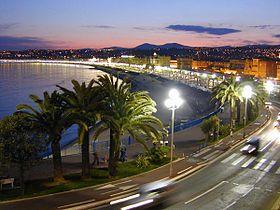 Nice-night-view-with-blurred-cars 1200x900.jpg