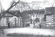 Carte postale ancienne de la caserne Sully, construite en 1875.
