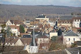 Le centre-ville, vu depuis le pied du château Saint-Jean.