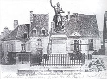 Une carte postale représentant la statue du général Jules de Saint-Pol (° 1810 – † 1855), vers 1860.