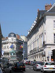 Orléans rue Royale 2.JPG