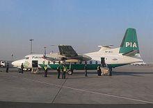 Fokker F27 de la compagnie pakistanaise PIA à Lahore en janvier2006