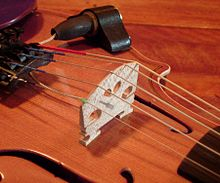 Piezoelectric violin bridge pickup