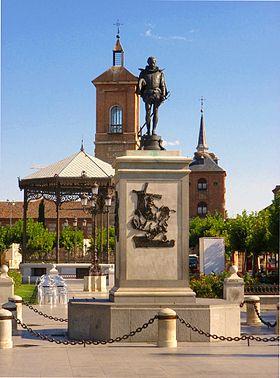 Plaza de Cervantes, Alcalá de Henares, España (10).JPG