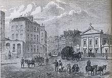 Gravure en noir et blanc montrant les monuments de Londres en arrière-plan et les voitures et les gens au premier plan.